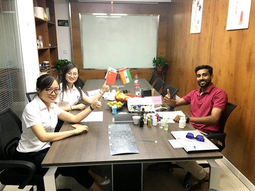 Welcome India Clients to visit our company